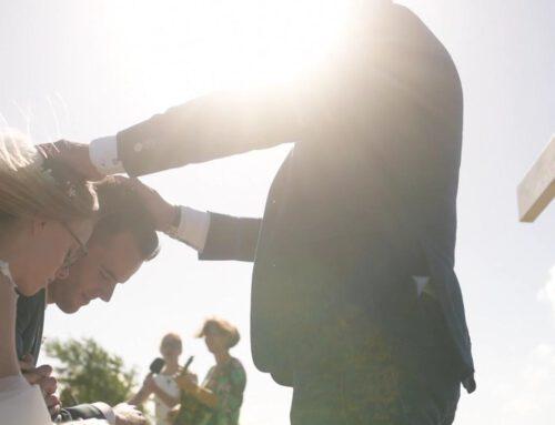 bruiloftsdienst in de open lucht